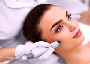microdermoabrasion-malaga-rejuvenecimiento-facial-clinica-renova